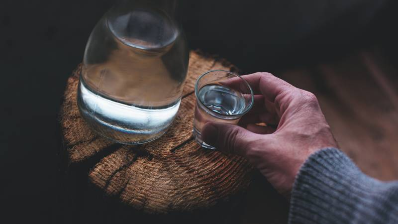 how long does it take to develop alcohol dependence